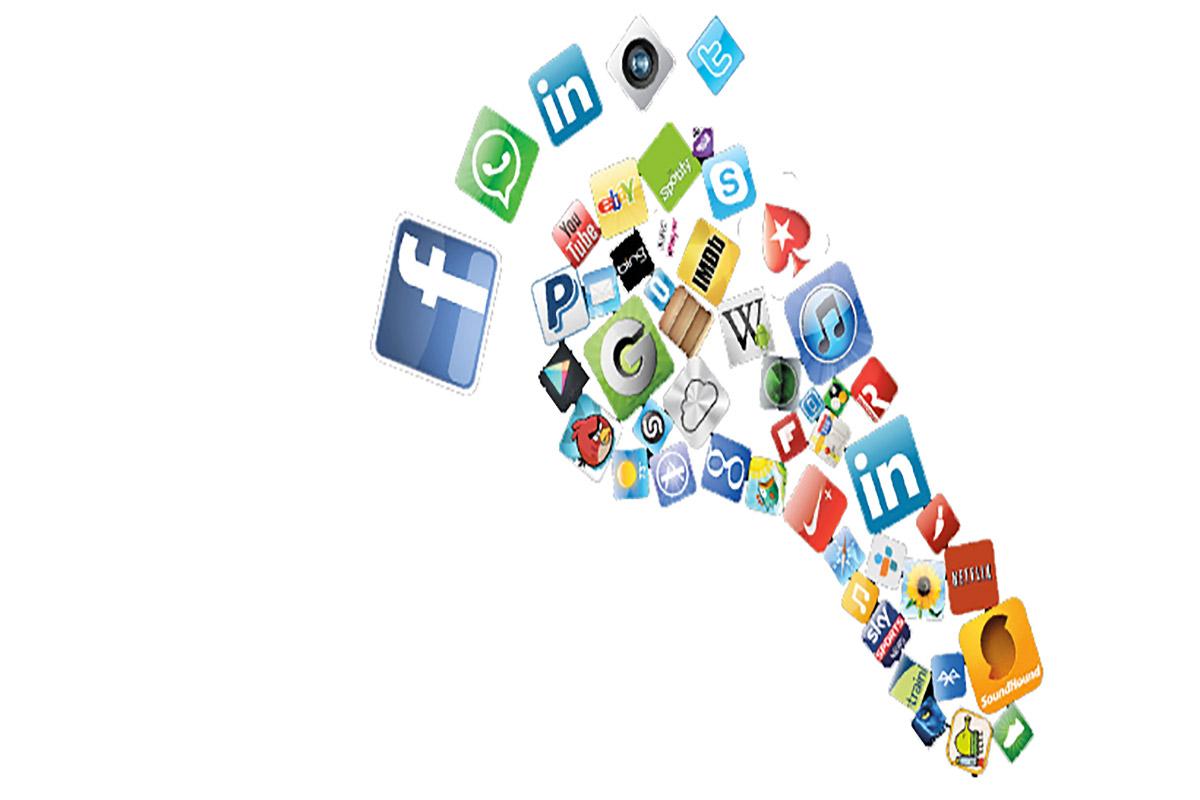 Sosyal Medya ve İnternetin Gezegene Bedeli Nedir?