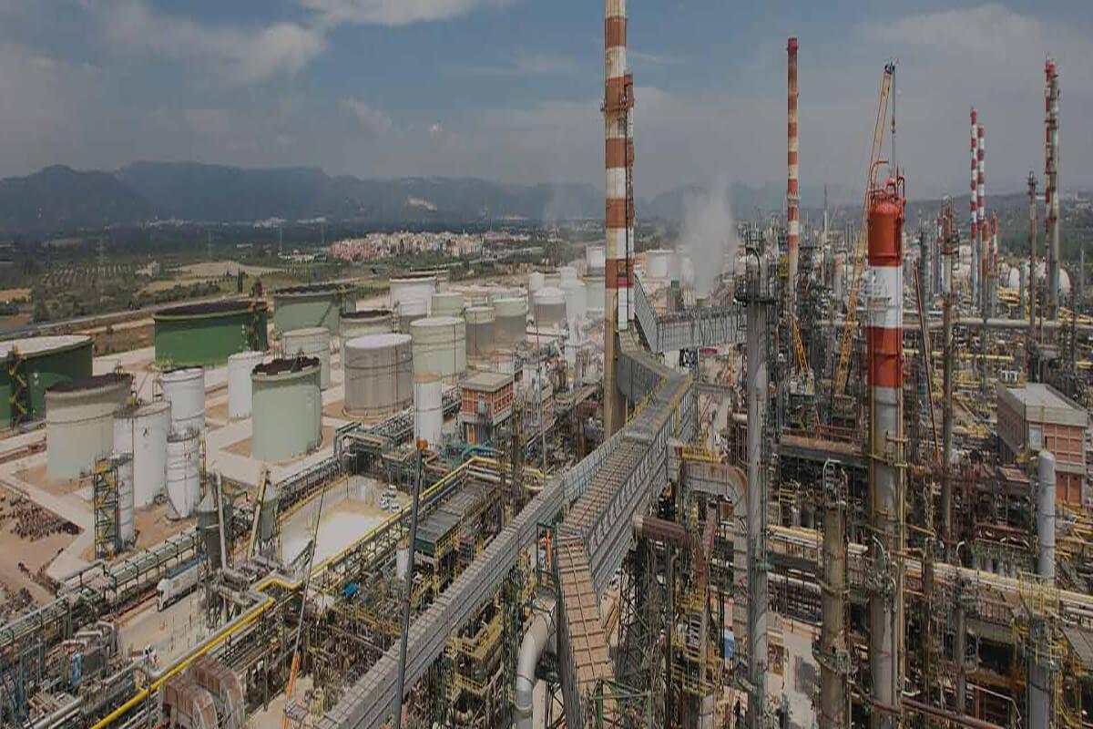 Repsol, Tarragona Fabrikasında Uçaklar İçin Biyoyakıt Üretiyor